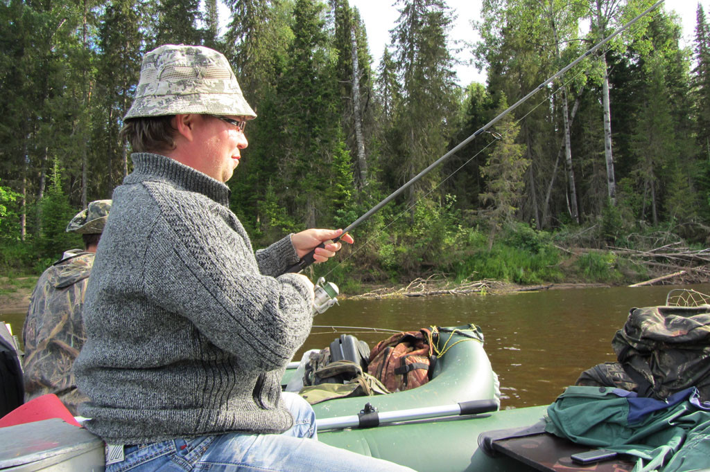 Отдых рыбалка сплавом